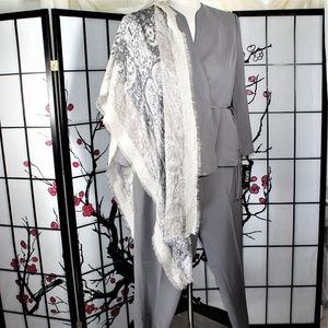 CAREER PANTS SUIT GRAY 18 NWT
